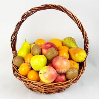 korzina-fruktov-na-dolgie-vyhodnye